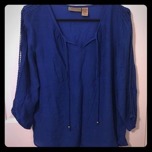 3/4 sleeve bright blue top